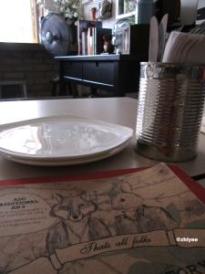 20140615_FOLKS CAFE_开餐前的餐桌